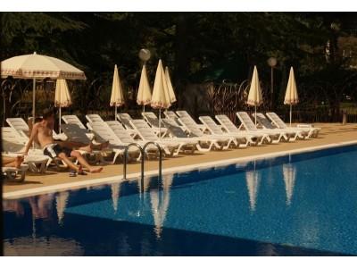 Отель  «ALEAN FAMILY RESORT & SPA SPUTNIK / Спутник Сочи»  ,  бассейн