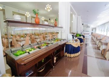 Ресторан «Montvert»  | Отель  «ALEAN FAMILY RESORT & SPA SPUTNIK / Спутник»